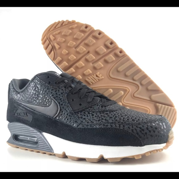 Women's NIKE Air Max 90 Premium Running Shoes NWT